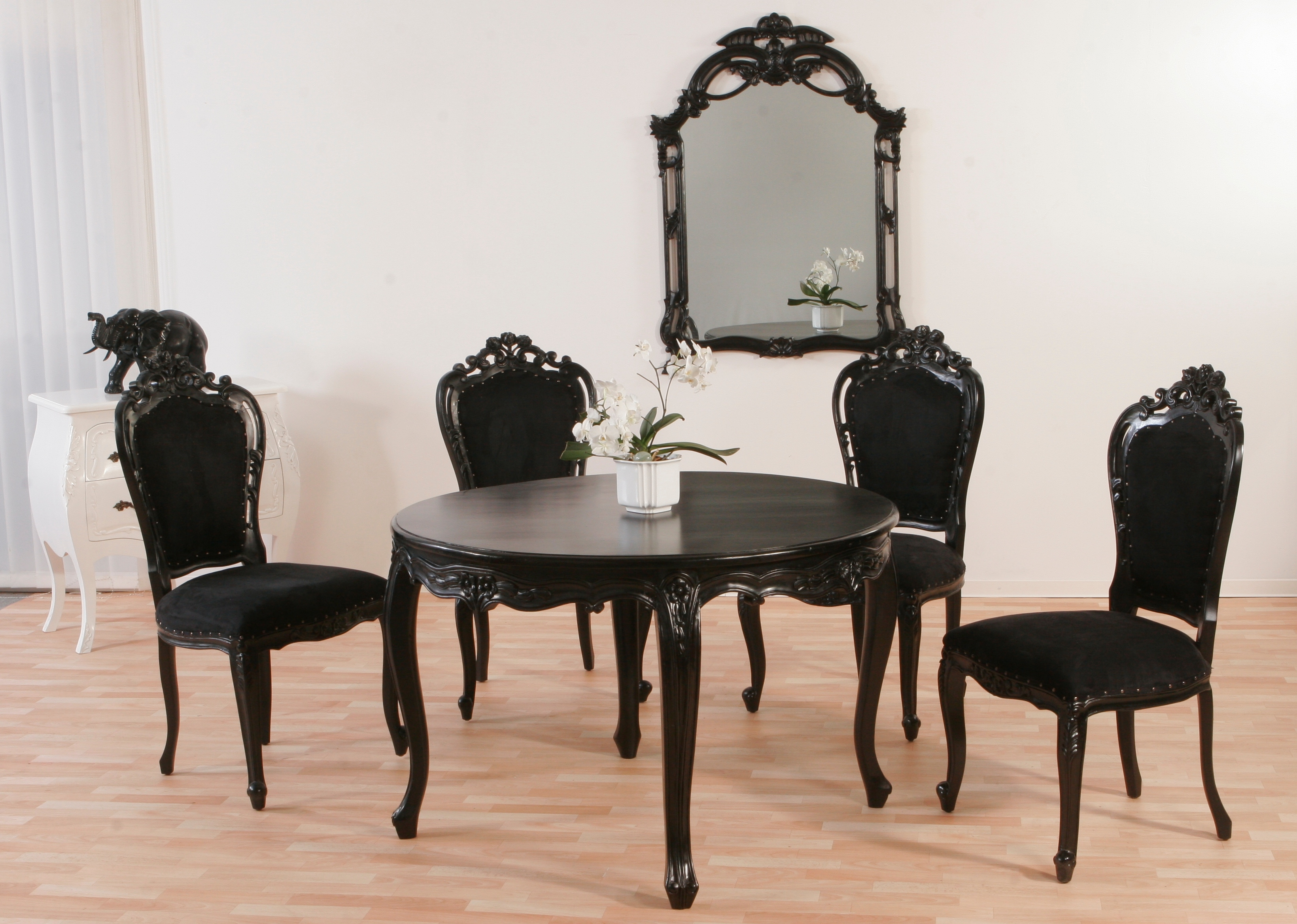 esstisch barock mahagoni schwarz lionsstar gmbh. Black Bedroom Furniture Sets. Home Design Ideas
