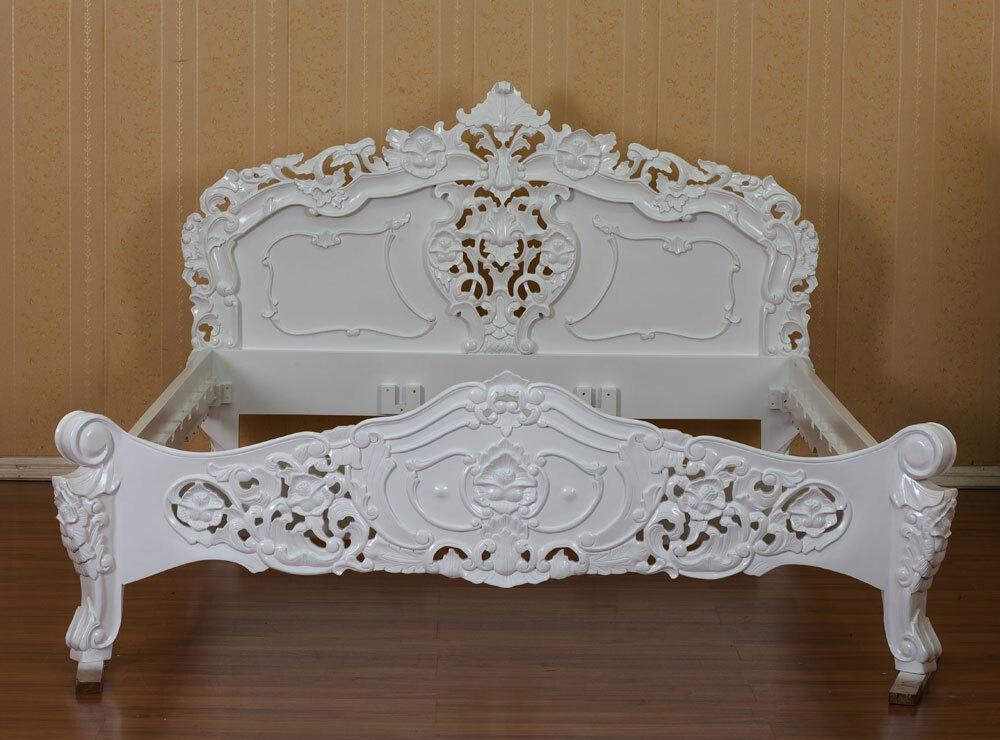 Rokoko Bett White Edition