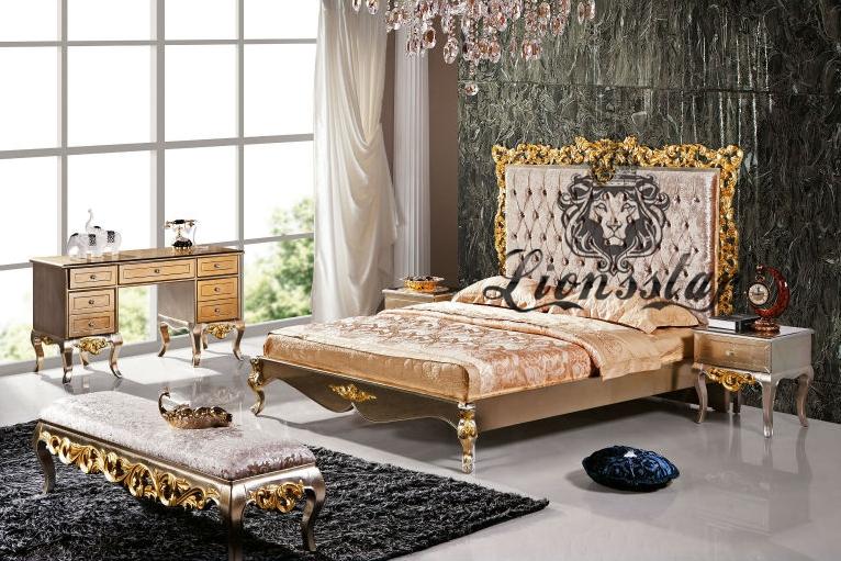Luxus Bett im Barockstil Samtstoff