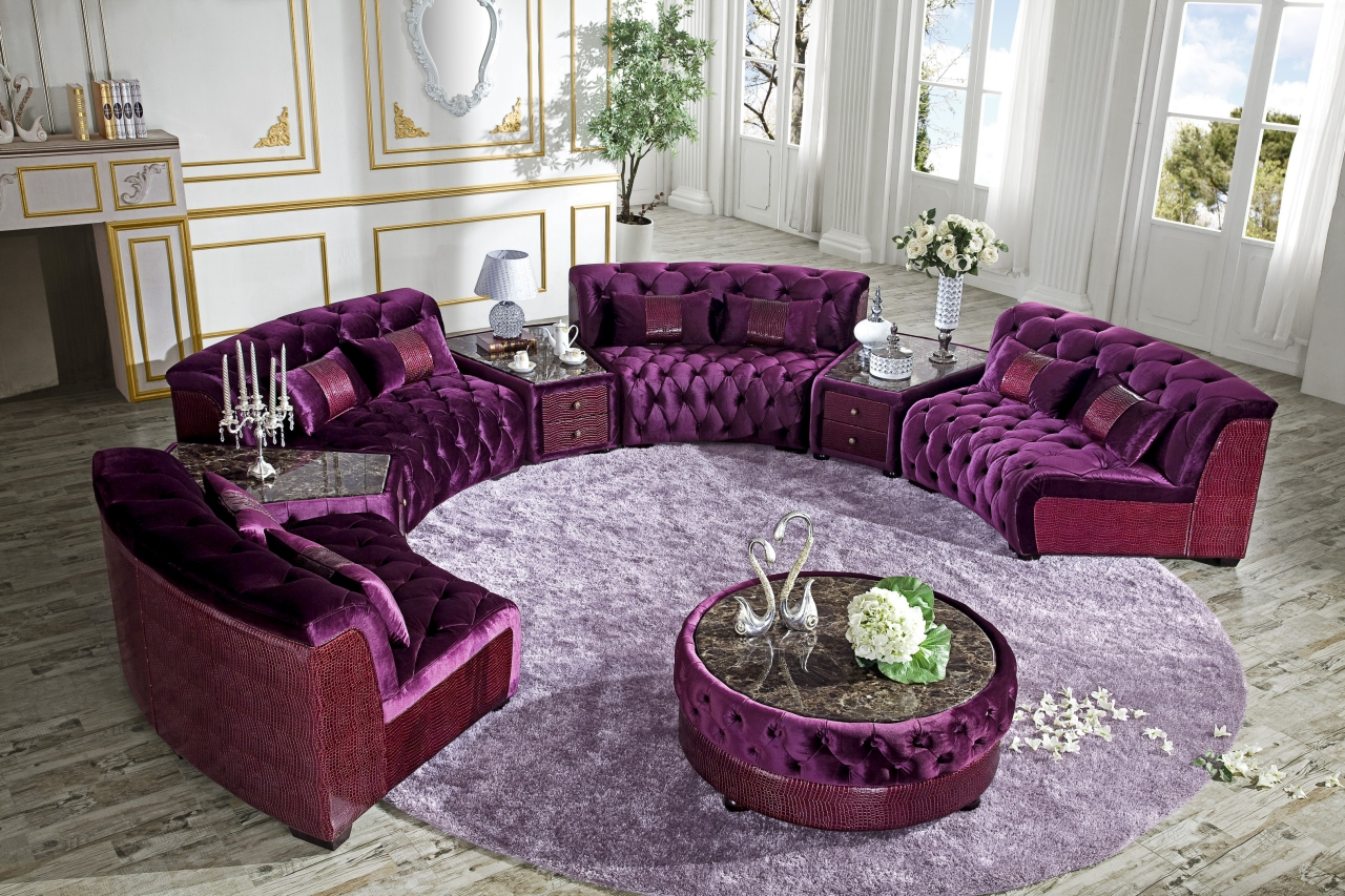 Moderne Couchgarnitur in purple