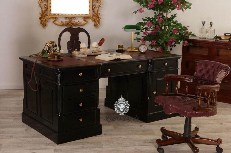 Schreibtisch im Empirestil