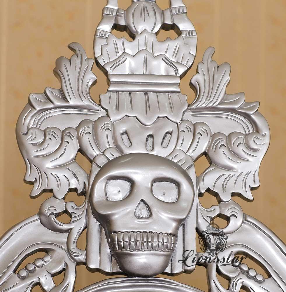 Thronstuhl Totenkopf Silberschwarz