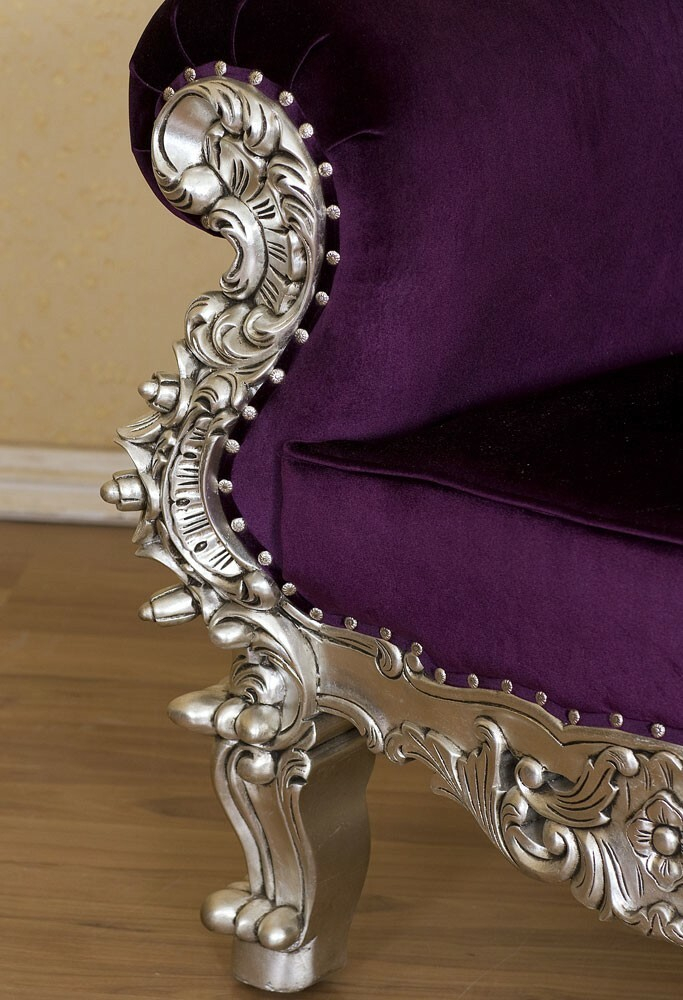 King Chair Gothic lila