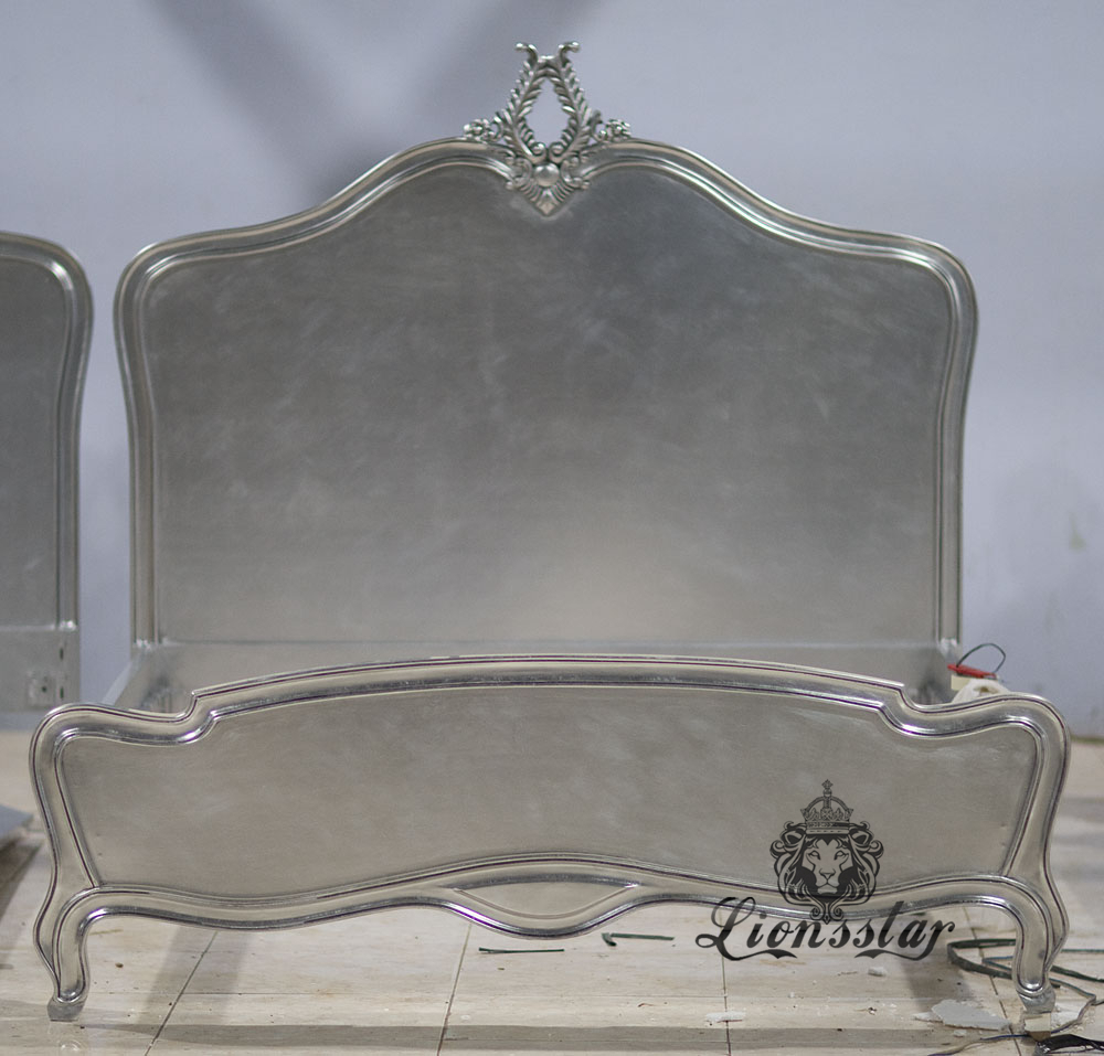 Louis Bett simply Silver