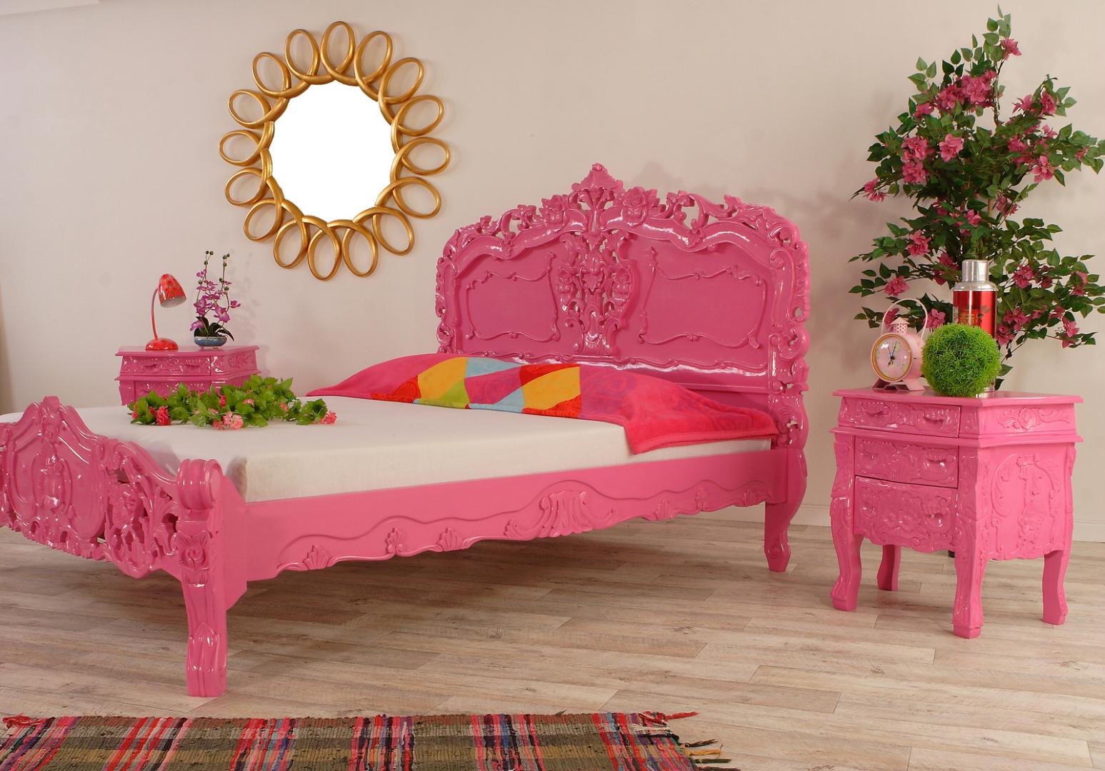 Rokoko Bett Mahagoni Pink