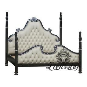 Bett im Barockstil