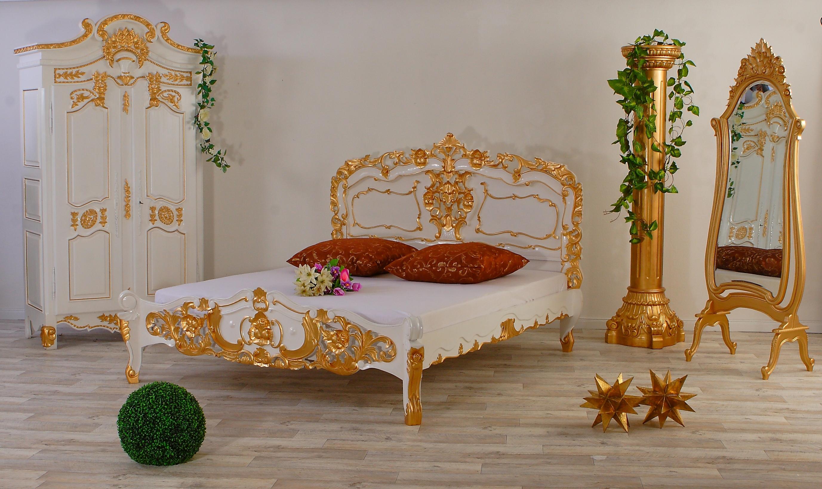 Luxus Rokoko Bett Gold